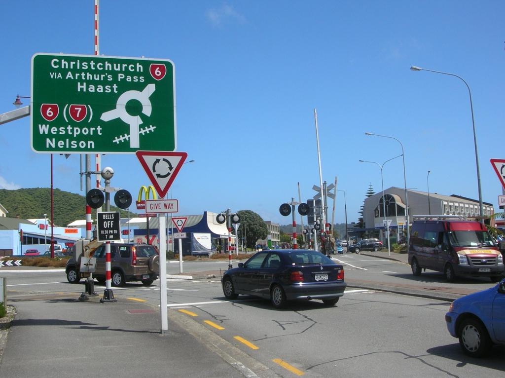 Kreisverkehr, Bahnübergang, ... Wo gehts jetzt lang?